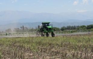 ganadería, ganadería colombia, noticias ganaderas, noticias ganaderas colombia, contexto ganadero, maquinaria, maquinaria agrícola, uso maquinaria agrícola, necesidades maquinaria agrícola, esteban fuentes, clarín rural,