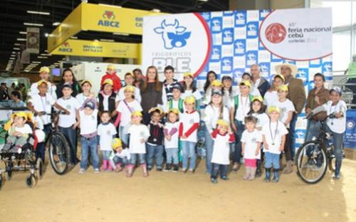 ganadería infancia colombia, echando raíces