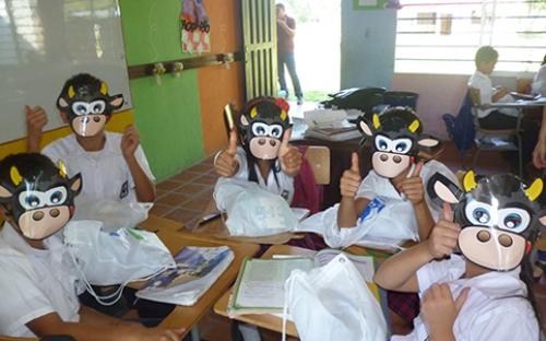 El 'día de la leche escolar' recorre el país entregado kits de productos lácteos.
