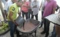 Día de Campo Plato PAB Ariguani Magdalena. Ganaderos realizando bloque nutricional.