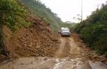 La vía entre Suaza y Florencia requieren $16 mil millones para ser reparada.
