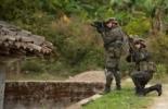 Soldados colombianos en un combate contra las FARC en julio de 2012  © AFP/Archivo luis robayo