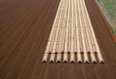 Maquinaria agrícola trabaja un campo de soja, el 27 de marzo de Campo Novo de Parecis (Mato Grosso, Brasil).  © AFP yasuyoshi chiba