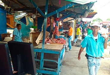 Venta de carne informal en Barranquilla, mercado informal de carne en Barranquilla, venta de carne sin condiciones higiénicas, sector ganadero del la Costa, ganaderos de la Costa, abigeato en la Costa, sacrificio ilegal en  la Costa, CONtexto ganadero
