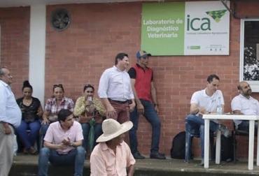ganaderia, ganaderia colombia, ganaderia colombiana, contexto ganadero, noticias ganaderas, noticias ganaderas colombia, ica, ica arauca, problemas guias arauca, falta dines, fakta movilizacion, demora solicitudes ica, marcha ica arauca, resolución zona de frontera ica, oficinas ica arauca, ganaderos, ganaderos colombia, ganaderos arauca