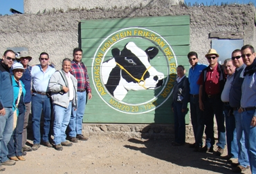 Conocer la producción y el manejo que los ecuatorianos le dan a la ganadería, fue el principal motivo de la gira