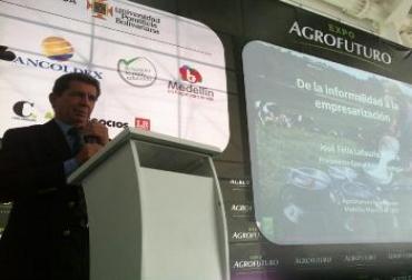 José Félix Lafaurie Rivera en Expo Agrofuturo