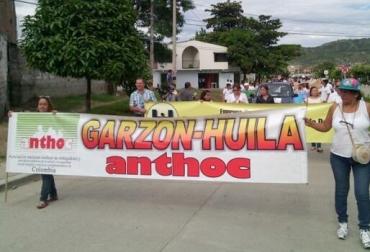 Marcha en Garzón