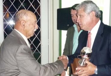 juez de ganado lechero en Colombia