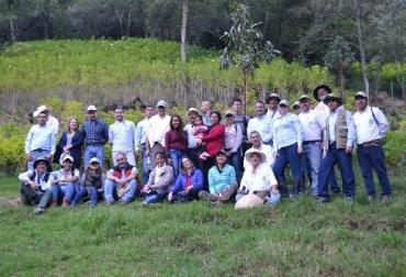 Colombia, Proyecto Ganadería colombiana sostenible, Banco Mundial, GCS Banco Mundial, CIPAV, Fondo para el Medio Ambiente Global –GEF, Departamento de Negocios, Energía y Estrategia Industrial del Reino Unido -BEIS, Fondo para la Acción Ambiental -FA, The Nature Conservancy -TNC,, Fedegán,  Ganadería Colombia a Sostenible, Se extiende por dos años más proyecto de Ganadería Colombiana Sostenible en Colombia, CONtexto ganadero, ganadería Colombia, Noticias ganaderas Colombia