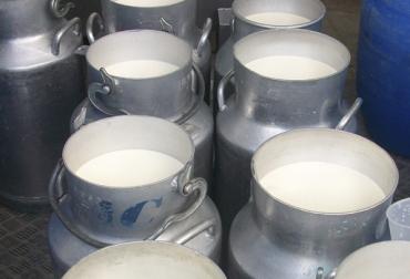 Acopio formal leche Colombia febrero 2018, Acopio formal leche, producción leche Colombia febrero 2018, producción leche Colombia 2017, acopio formal leche 2018, importaciones leche colombia noticias, importaciones de leche en polvo colombia, precio pagado al productor 2018, importaciones de leche en polvo aranceles, importaciones de leche en polvo tlc, CONtexto ganadero, ganaderos colombia, noticias ganaderas colombia