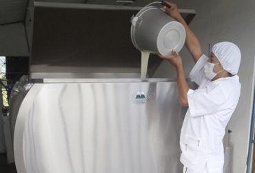 Acopio formal leche Colombia marzo 2018, Acopio formal leche Colombia primer trimestre 2018, producción leche Colombia marzo 2018, producción leche Colombia 2017, acopio formal leche 2018, importaciones leche colombia noticias, importaciones de leche en polvo colombia, precio pagado al productor 2018, importaciones de leche en polvo tlc, CONtexto ganadero, ganaderos colombia, noticias ganaderas colombia