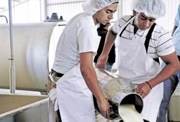 Acopio formal leche Colombia septiembre 2018, Acopio formal leche Colombia primer semestre 2018, producción leche Colombia septiembre 2018, producción leche Colombia 2018, acopio formal leche 2018, importaciones de leche en polvo colombia, precio pagado al productor 2018, importaciones de leche en polvo tlc, CONtexto ganadero, ganaderos colombia, noticias ganaderas colombia
