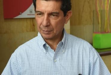 """Colombia, Fedegán, José Félix Lafaurie, 5 razones que demuestran que la ganadería no es como la pintan los ambientalistas, 'La culpa no es de la vaca', calentamiento global, sistemas silvopastoriles, """"Ganadería Colombia Sostenible"""", eficiencia en la captura y almacenamiento de dióxido de carbono, reducción de las emisiones de gas metano y óxido nitroso, efecto invernadero, aumento de la biodiversidad, descompactación de los suelos, escarabajos, Ernesto Viglizzo, 10 millones de hectáreas, CONtexto ganadero"""