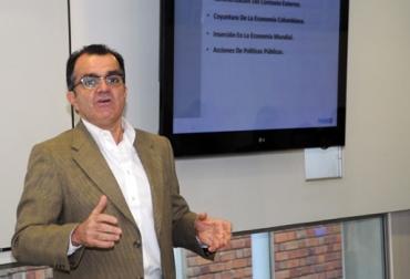 Óscar Iván Zuluaga, exministro de Hacienda.jpg