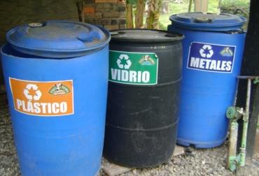 manejo de residuos en la finca ganadera, disposición de los residuos en la finca ganadera, residuos en la finca ganadera, reciclaje en la finca ganadera, Buenas Prácticas Ganaderas, cuidado del medio ambiente