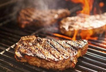 carne, asar carne, Parrilla, carne sostenible, día del padre, Ganadería Sostenible, carne parrilla, consejos para asar, consejos parrilla, cómo asar la carne, cómo preparar la carne, carne bovina, carne de res, carne vacuna, carne de res sostenible, ganado bovino, ganadería bovina, ganaderos, ganaderos colombia, ganado, vacas, vacas Colombia, bovinos, Ganadería, ganadería colombia, noticias ganaderas, noticias ganaderas colombia, CONtexto ganadero, contextoganadero