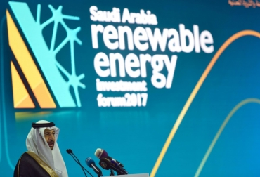 Jaled al Faleh, ministro de Energía, afirmó el objetivo de Arabia Saudita es producir  unos 10 gigavatios de energías renovables.