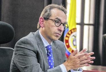 Colombia, parafiscalidad ganadera, el gobierno entrega la administración de la parafiscalidad ganadera a Fedegán, Andrés Valencia Pinzón, Fedegán, la representatividad de Fedegán, Ley 1753 de 2015, ARTÍCULO 106. ADMINISTRACIÓN Y RECAUDO DE LAS CONTRIBUCIONES PARAFISCALES AGROPECUARIAS Y PESQUERAS, Contexto ganadero, noticias ganaderas, vacas